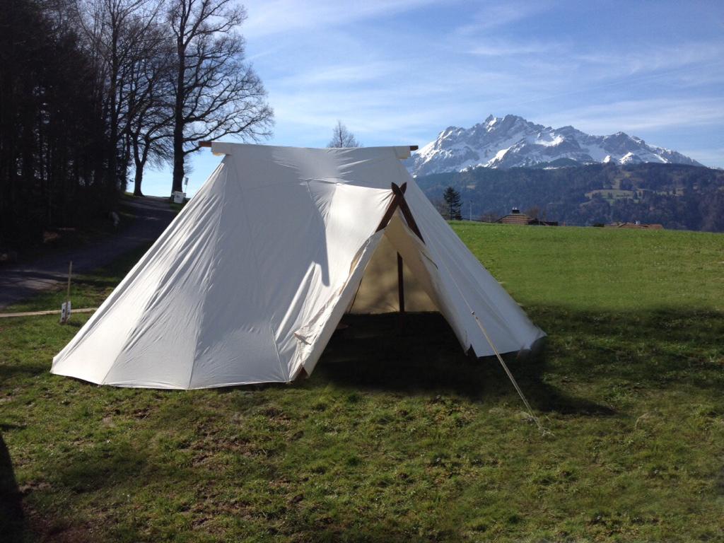 Zelte mit Stababspannung - Mittelalter Zeltbau - Vom Ritterzelt ...